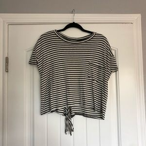 Boutique Open Back Cropped Tee Shirt